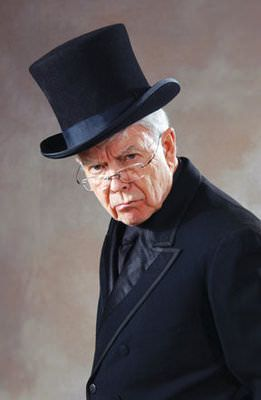 Fred_C._Adams_as_Scrooge_in_A_Christmas_Carol